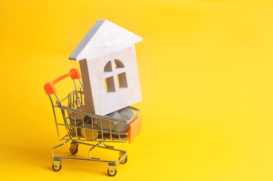 A Short Guide to Buying Your First Home