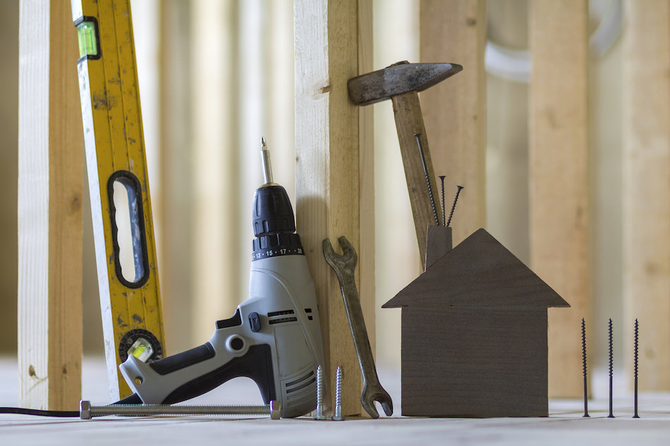 5 Basic Tools for A New Homeowner Toolkit